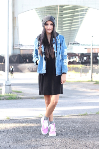 dress like jess blogger jacket dress sweater hat shoes socks jewels