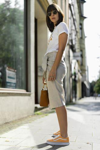 t-shirt skirt vans tumblr white t-shirt midi skirt nude skirt sneakers yellow bag shoes