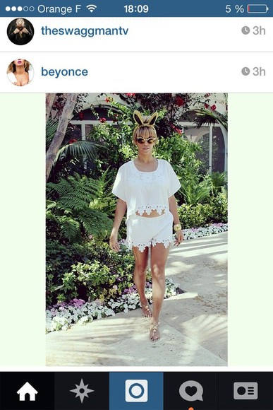 beyonce shorts blouse