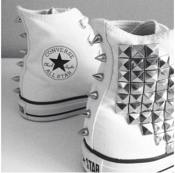 white shoes studded shoes studs spikes converse spiked shoes white shoes swag white converse all star converse all star chuck taylor all stars high converse punk fashion stripes striped black and white black & white allstar stars star shoe popular celebrity brand
