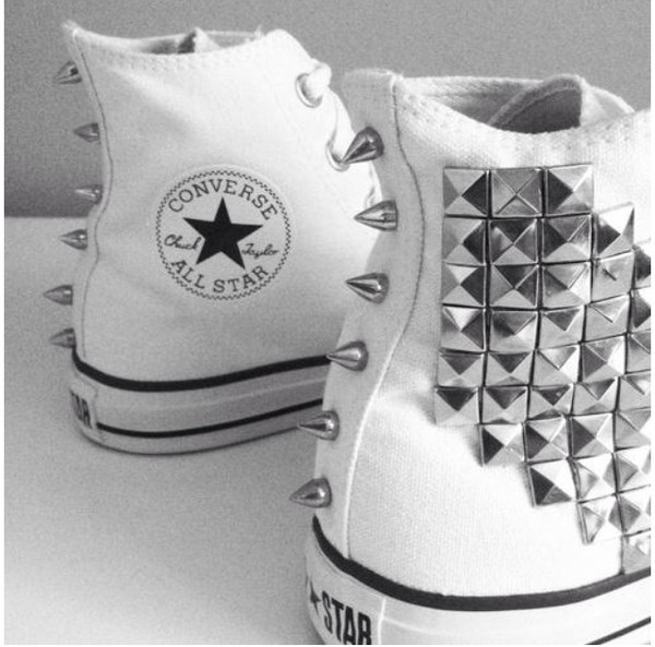 shoes converse studs studded shoes spikes spiked shoes white white shoes swag white converse all star converse chuck taylor all stars high top converse punk fashion stripes stripes black and white black and white allstar stars stars shoes celebrity brand