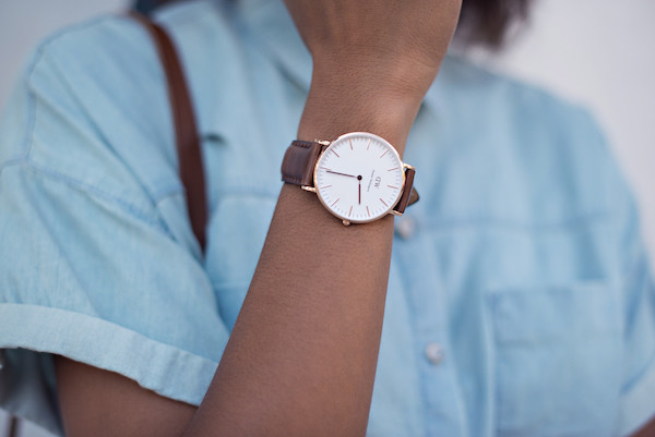 jewels watch blogger classy style me grasie denim shirt classic vintage old school hipster preppy brown watch