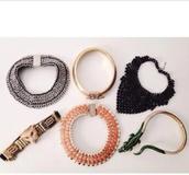 jewels,bib necklaces,collar necklace