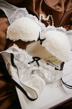 Fashion white deep V neck lace bra underwear set women's thin noble bra-inBra & Brief Sets from Apparel & Accessories on Aliexpress.com