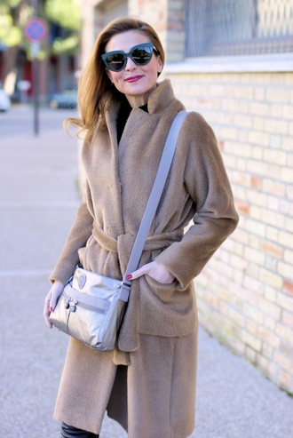 fashion and cookies blogger sunglasses coat sweater bag pants shoes winter outfits crossbody bag winter coat