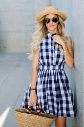 a little dash of darling,blogger,straw hat,summer dress,gingham,beach bag,gingham dresses