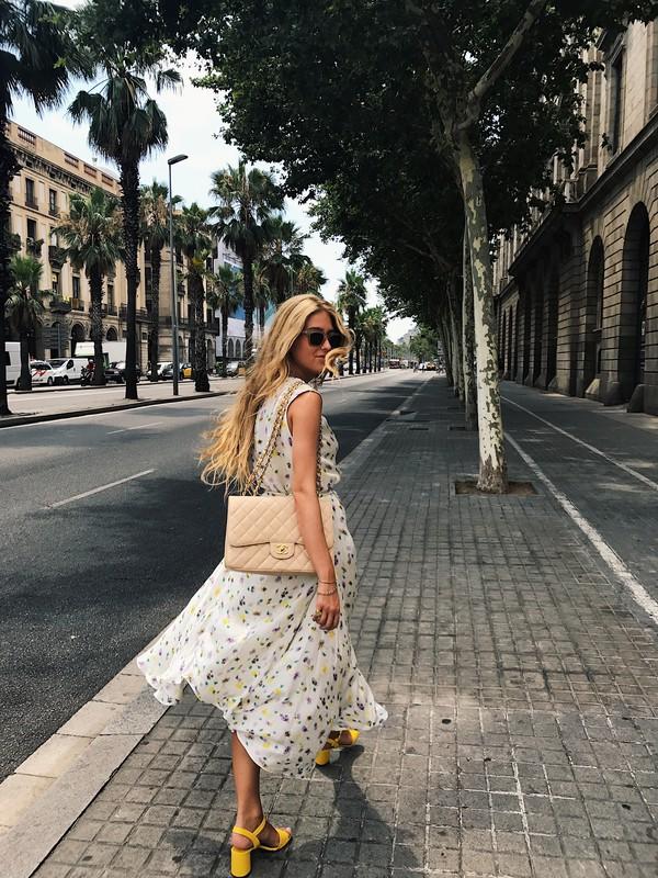 337def4b4c96 dress tumblr outfit flowy flowy dress summer dress sleeveless sleeveless  dress sandals sandal heels high heel.