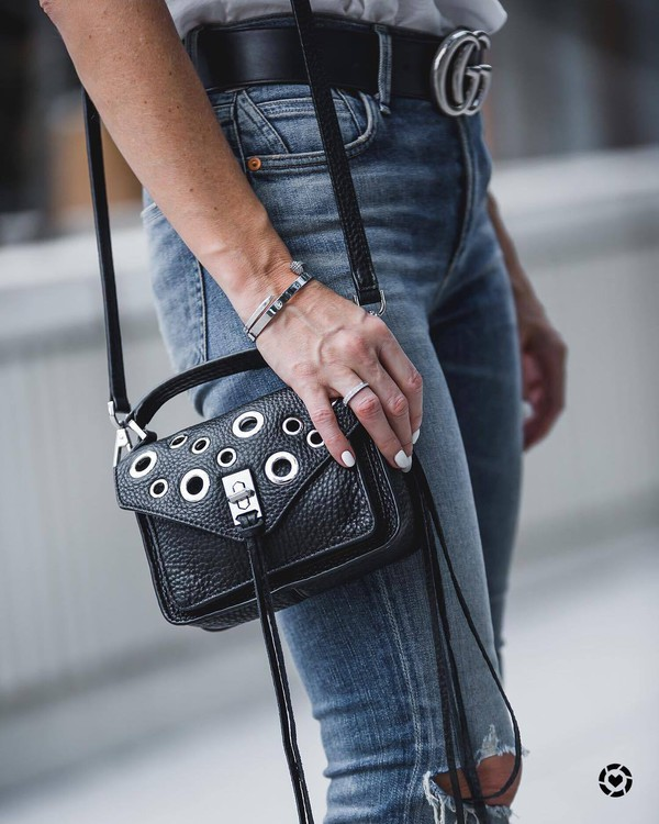 bag tumblr black bag eyelet detail shoulder bag ring bracelets jewels jewelry accessories Accessory