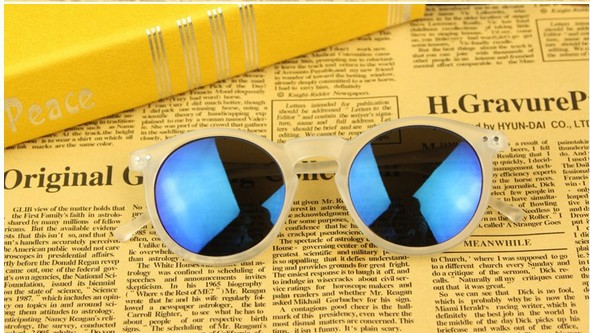delicate cool sunglass wholesale and retail.2013 best choice for gift.brand round sunglasses women 2013-in Sunglasses from Apparel & Accessories on Aliexpress.com