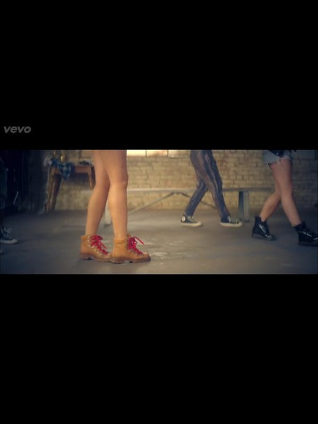 shoes tinashe 2on