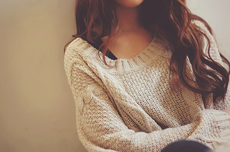 sweater knitted sweater cozy heavy knit jumper cute knit sweater weather unlimited clothes winter sweater cream sweater knitwear pull tumblr girly pretty hair creme oversized sweater soft cozy sweater strick jumpsuit girl beige comfy oversized warm fall outfits