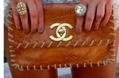 bag,brown chanel clutch