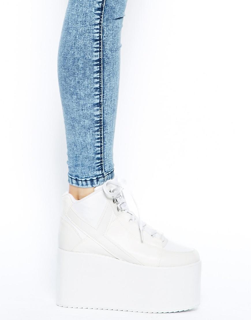 YRU Qozmo Hi White Mega Platform Shoes at asos.com