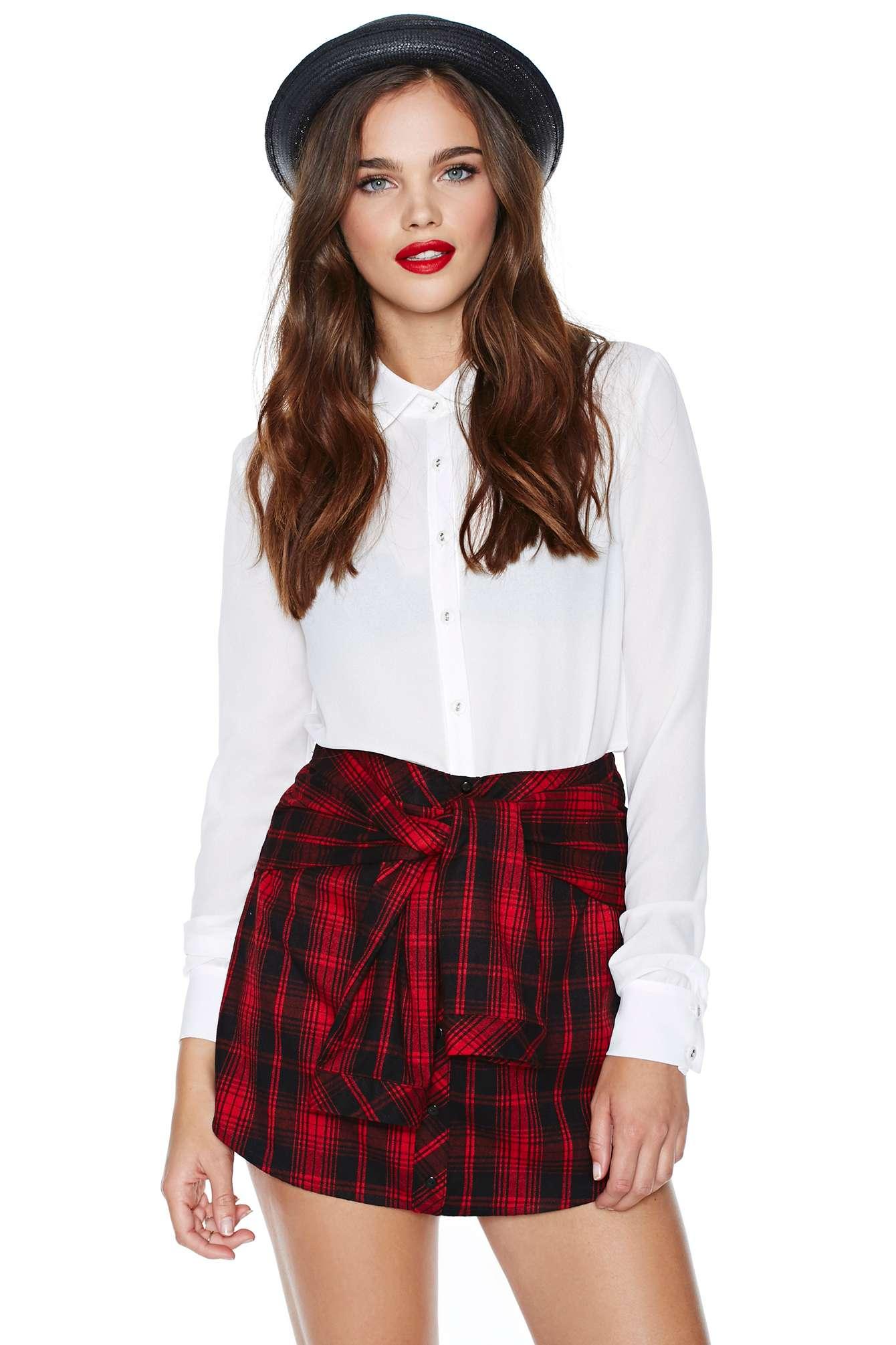 Grunge right in skirt