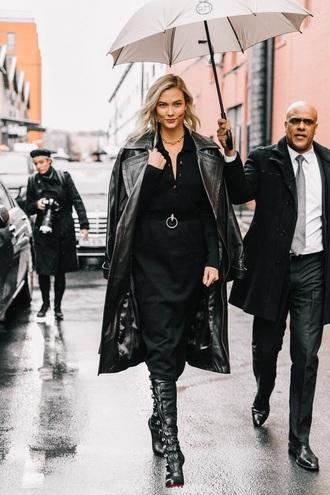 coat black coat leather coat skirt midi skirt black skirt top black top boots black boots model off-duty karlie kloss