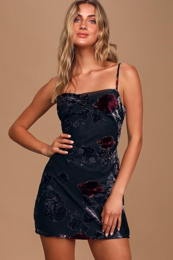 First Crush Black Floral Print Velvet Sleeveless Mini Dress