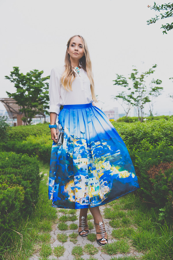 my blonde gal skirt bag blouse shoes jewels