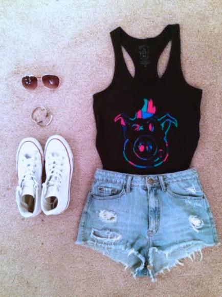 girl dirty pig tank top outfit beach janoskians accessories