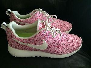 Nike Roshe Courir Moucheté Rose