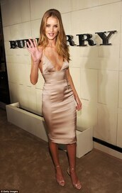 dress,silk,nude,rose gold,gold sandals,nude slip dress,champaign,long,bodycon dress,rosie huntington-whiteley,nude dress,satin dress,gold dress,slip dress,cocktail dress,heels,nude heels,sandals,nude sandals,celebrity style,celebrity