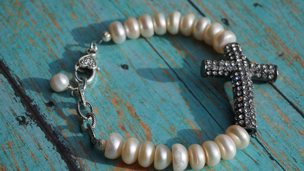 jewels pearl cross bracelet