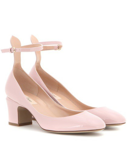 Valentino Tango Patent Leather Pumps in pink