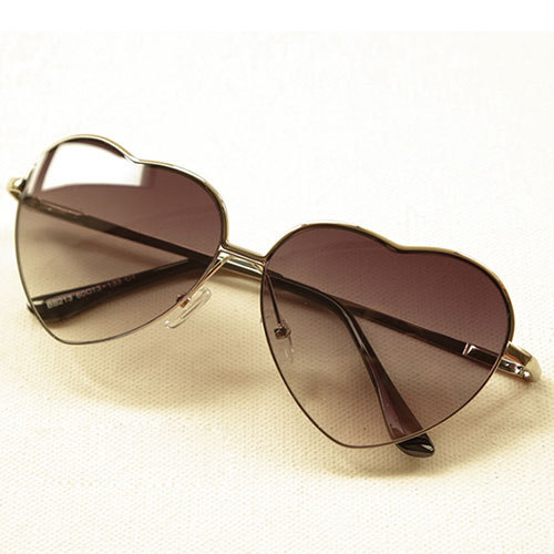 [grxjy5160041]Gradient Color Love Heart Frame Fashion Sunglasses Shades
