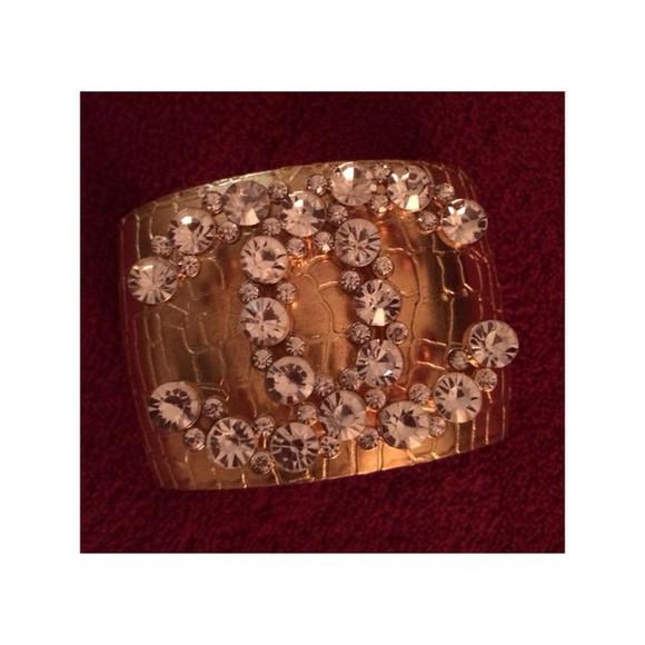 jewels diamonds chanel inspired chanel logo chanel gold rhinestones kim kardashian beautiful style tumblr girl tumblr