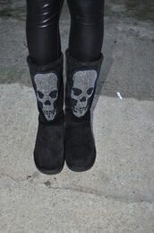 boots,black shoes,skull,strass paillettes l,ugg boots,pants,shoes