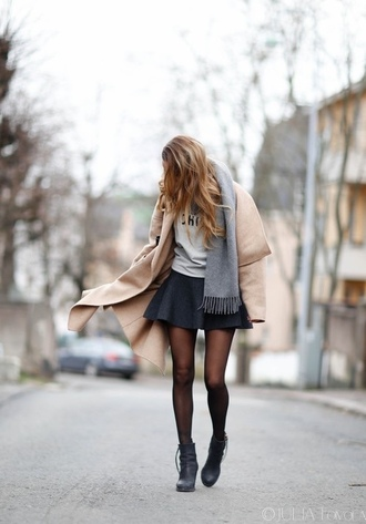 skirt dark blue skirt skater skirt scarf coat oversized jacket black boots camel oversized coat grey camel coat shoes boots black skirt grey scarves gray scarf beige coat beige jacket black shoes winter outfits chic amazing winter coat tan coat grey skirt circle skirt caramel wrap coat