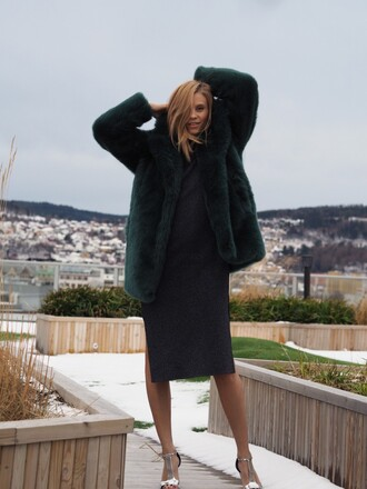 the fashion eaters blogger fur jacket black dress silver shoes