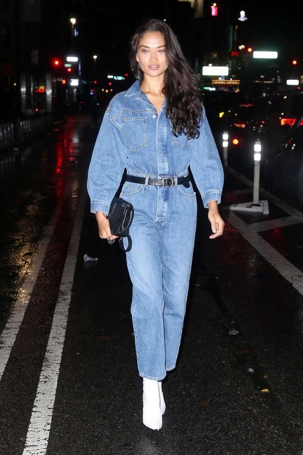 jumpsuit shanina shaik victoria's secret victoria's secret model denim jeans fall outfits model