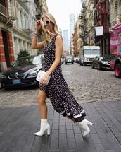 dress,sleeveless dress,v neck dress,floral dress,side split,white boots,high heels boots,crossbody bag,white sunglasses,midi dress