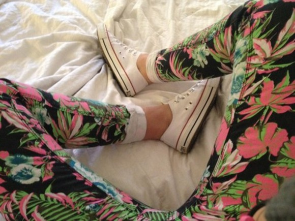 flowers pink green pants palm tree palm trees