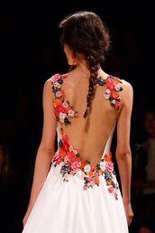 hot,flowers,backless dress,white dress,pretty,dress,summer,summer dress,floral dress,long dress,ball gown dress,evening dress