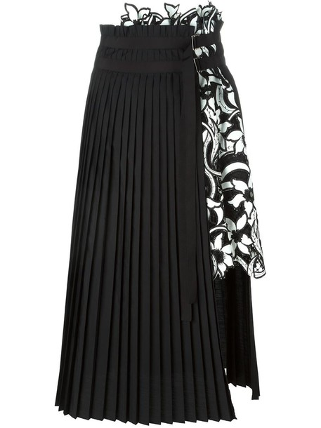 efca9e06a8 Sacai 'Lily' lace pleated skirt in black - Wheretoget