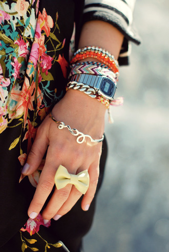 jewels love bangle bracelets silver
