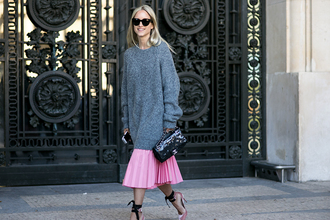 the fashion guitar blogger sweater skirt bag shoes sunglasses
