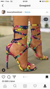 shoes,heels,sandal heels,multicolor,mutlicolored,sandales,chaussures à talons