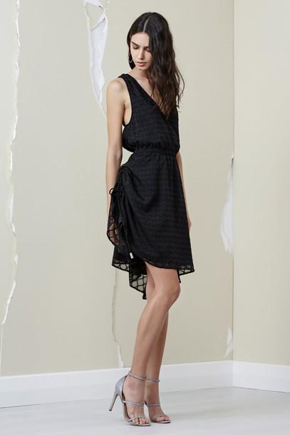 Finders Keepers dress short sleeve dress short black