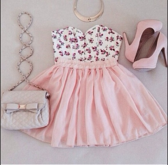 skirt pink skirt pink, blue, print, flowers, crop top, crop, tops, flowers