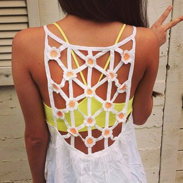 dress summer white lace flowers hippie peace girl indie spring daisy sun yellow fluor hot tanned flowers top field nature free brunette