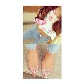 t-shirt,floral crop top,crop tops,ariana grande,jeans,shoes,high heels,floral heels