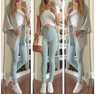 top jeans blue jeans cardigan kimono crop tops white top white crop tops skinny jeans light blue jeans high waisted jeans high waisted purse style shoes fashion sneakers nike nike shoes jewels jewelry necklace accessories bag shirt blouse white white t-shirt blue tumblr jacket