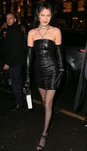dress,leather,strapless,mini dress,black dress,gloves,bella hadid,model,Paris Fashion Week 2017,fashion week 2017,goth,shoes