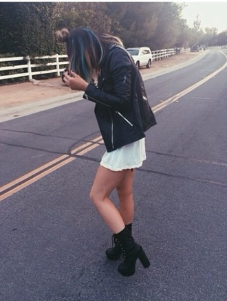shoes kylie jenner boots black boots pumps