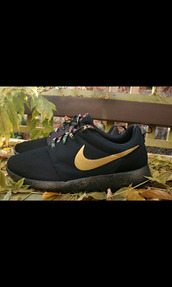 watch the throne,roshe runs,dark,nice,omf,wear,custom,custome shoes,celebrity style,shoes shoes,comfy,mens shoes,black