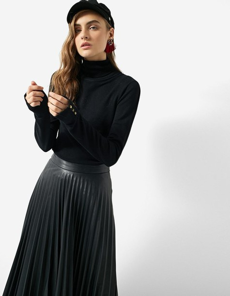 Stradivarius sweater black