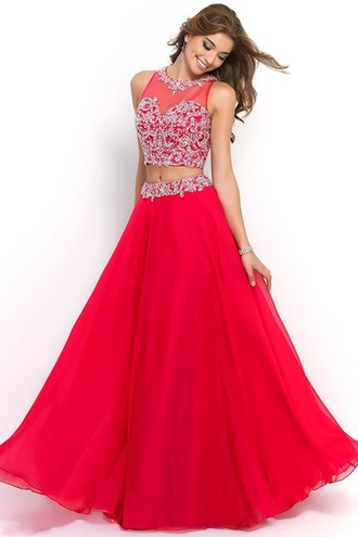 dress red dress red red prom dress red carpet dress 2 piece prom dress 2 piece skirt set maxi dress skirt top prom dress prom silver pattern sexy sexy dress nightwear hot heels high heels sleeveless red sleveless cool metallic streetstyle make-up queen