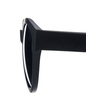 ASOS   ASOS Oversized Round Sunglasses at ASOS